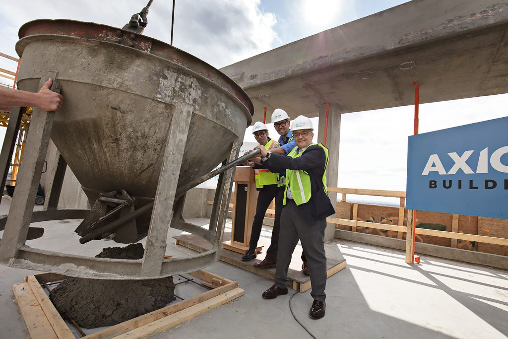 Park-Point-Topping-Off Ceremony